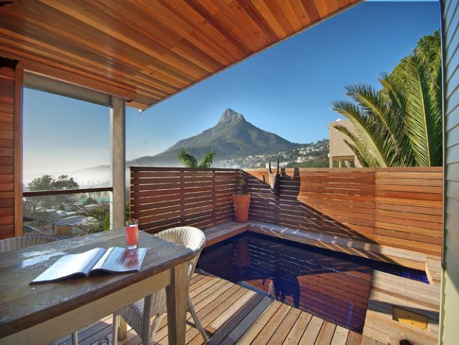rent a villa in camps bay