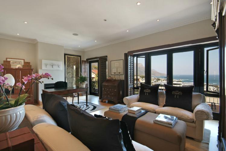 5 Bedroom Villas sea views pool