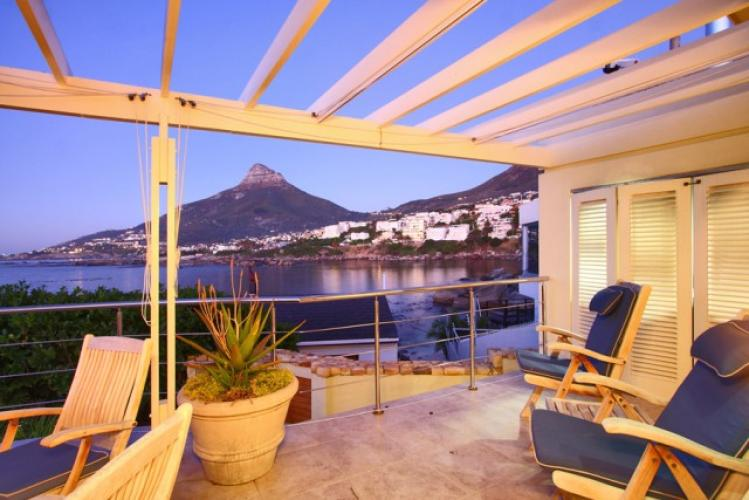 4 Bedroom Villa Rental short term camps bay