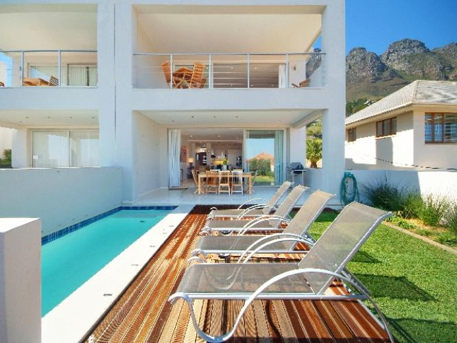 4 Bedroom Villa Rental accommodation Cape Town