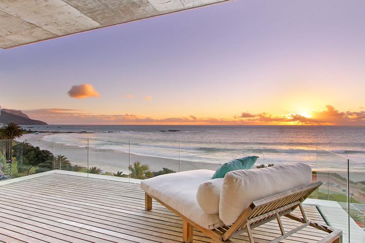 Camps-Bay-Holiday-rentals-new-year