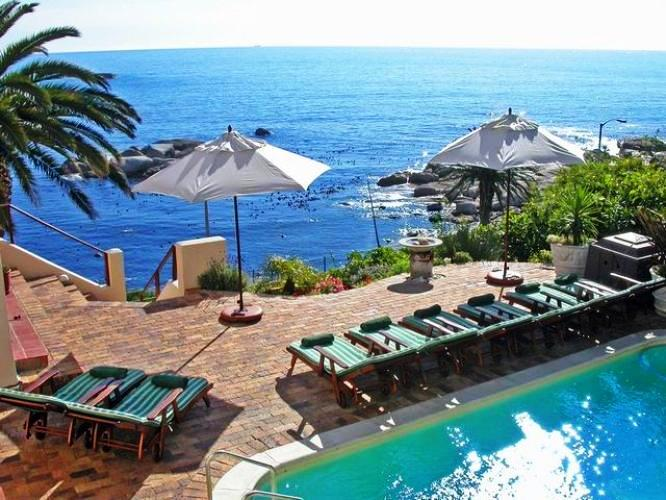Camps-Bay-Terrace-Bakoven-Bay-luxury-privacy-Cape-Town-restaurants