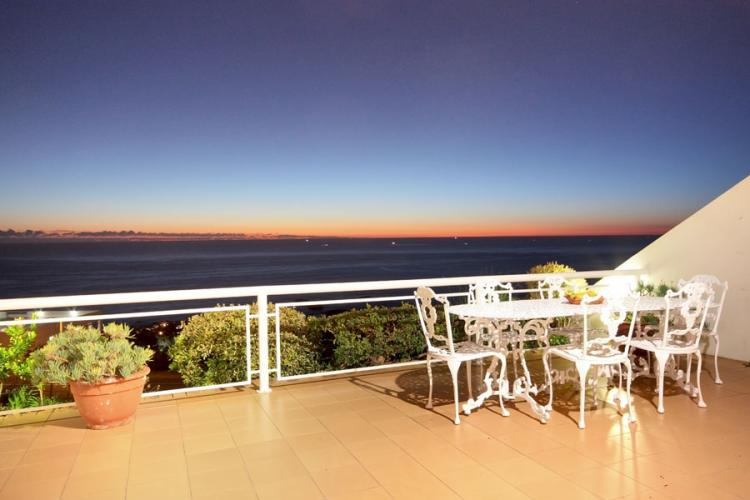 camps-bay-holiday-rentals-christmas