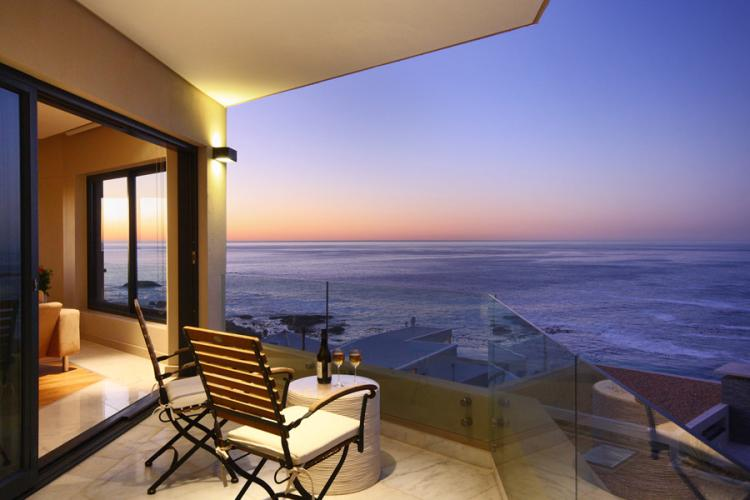 Houghton-Heights-luxury-self-catering-villa-camps-bay-christmas