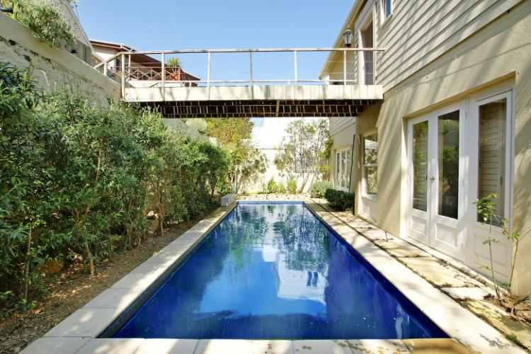 Villa-self-catering-holiday-accommodation-christmas-camps-bay