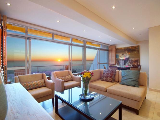 Camps-Bay-Villa-Combrink-3 bedroom-holiday-villa-rental