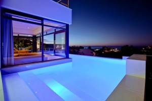 Central-Drive-camps-bay-villas-summer